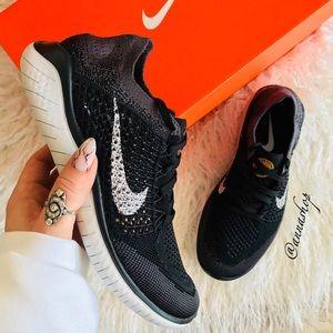 NWT Nike Free Rn Flyknit
